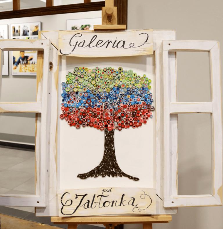 """Galeria Pod Jabłonką on-line """"Ścieżkami Warmii"""""""